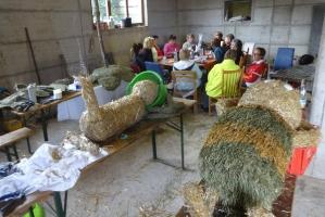 2017 Strohskulpturen Bau_28
