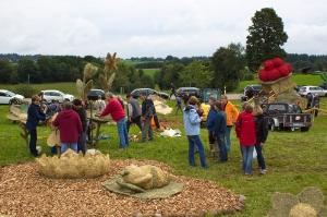2017 Strohskulpturen Aufbau_39
