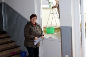 Fenster putzen in der Halle Attlisberg_12