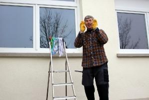 Fenster putzen in der Halle Attlisberg_13